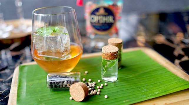 Giri-Pancha-The-Traveller-Opihr-Cocktail